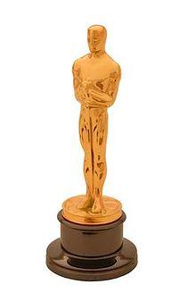 220px Oscar statuette1 2013 Oscars Stub My Big Toe